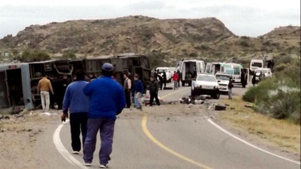 Al menos 15 personas murieron en el accidente