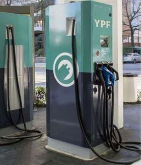 Los nuevos surtidores de Edesur y de YPF ya instalados en la ciudad