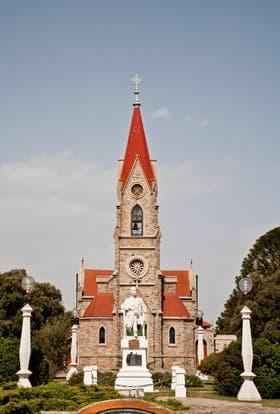 La iglesia de Santa Rosa de Lima, en Tornquist