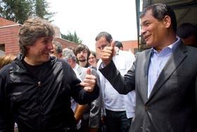 Boudou viajó ayer a Ecuador, donde visitó escuelas con el presidente Rafael Correa