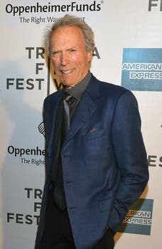 Clint Eastwood disertó en el Tribeca Film Festival, siempre serio y seductor. Foto: AFP