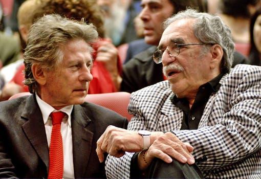 Gabriel Garcia Marquez junto al director de cine Roman Polanski durante la ceremonia de clausura del Festival de cine XXIV Internacional Cubana, en La Habana. Foto: Archivo
