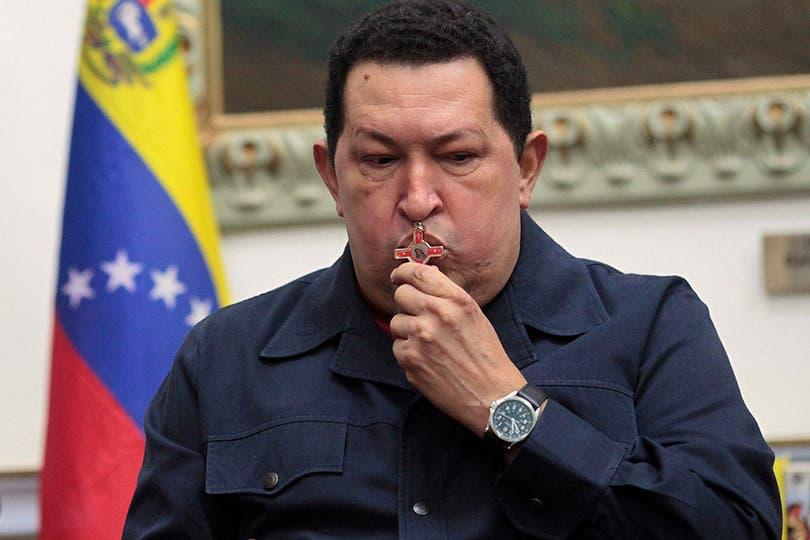 Después de su recaída, Chávez empieza a preparar la sucesión