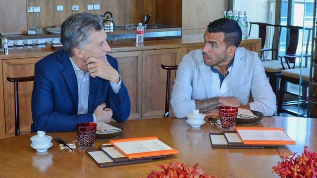 Según informó Presidencia, Macri y Tevez hablaron