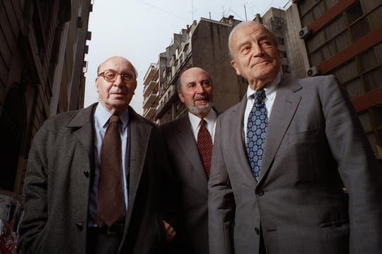 Junto al arquitecto Mario Roberto Alvarez en 1999. Foto: Archivo