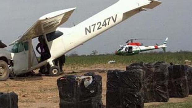 La avioneta cargada con marihuana cayó cuando intentaba aterrizar