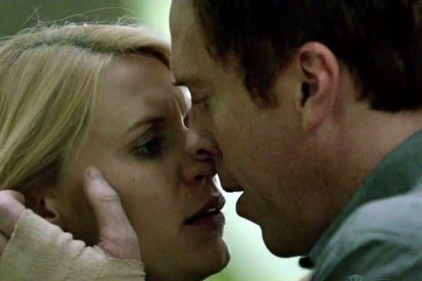 Carrie y Brody, una agente de la CIA y un ex prisionero de guerra y/o potencial terrorista...¿terminará bien esto?