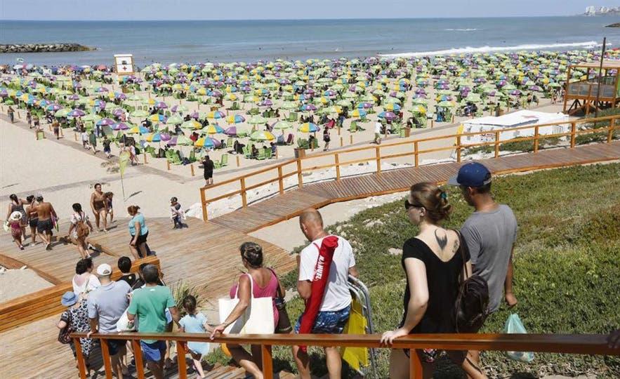 Más de 2,2 millones de turistas ya disfrutaron del verano en estas playas bonaerenses