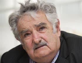 El presidente Mujica, presionado para firmar un acuerdo fiscal