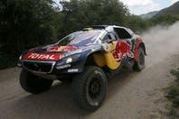 Peterhansel agiganta su leyenda en el rally Dakar: consiguió su duodécimo título