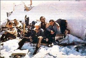 Los restos del avión uruguayo caído en los Andres, en 1972