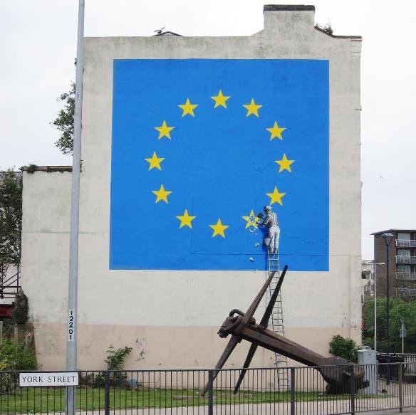El artista realizó un mural en el puerto de Dover