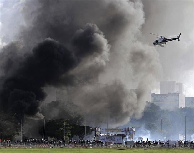 Las protestas generaron ayer un caos en Brasilia, la capital