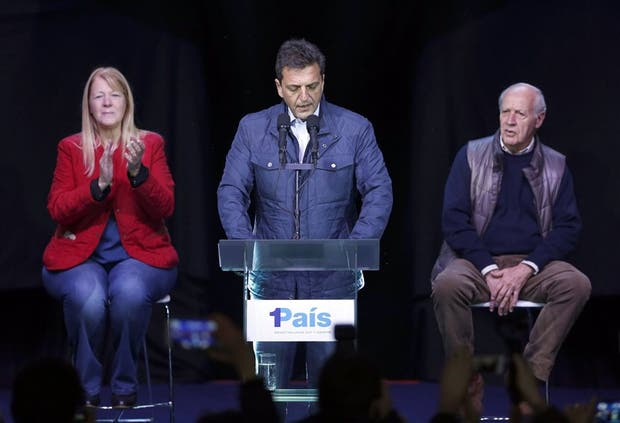 Alicia votó en Río Gallegos y destacó