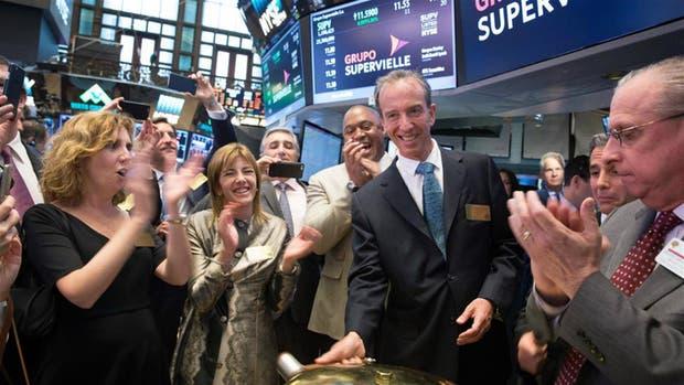 El equipo de Banco Supervielle, luego del IPO en Nueva York.