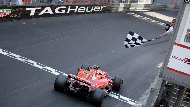 Vettel, ganador en Monaco con Ferrari