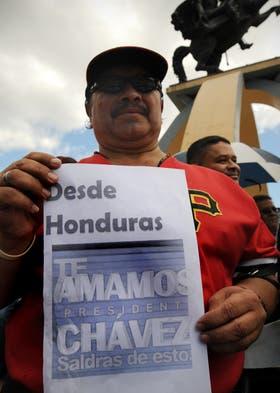 El apoyo a Chávez llega desde toda la región