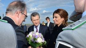Luego de la conferencia de prensa en Bruselas, Macri viajó a Berlín junto a su esposa Juliana Awada