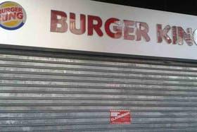 Los locales de comida rápida, en la mira del gobierno porteño por la recolección de residuos