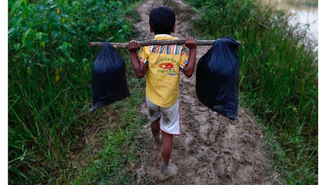 Alrededor de unos 240.000 niños rohingyas escaparon de Myanmar desde el pasado 25 de agosto