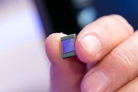 El nuevo procesador de sexta generación Core de Intel, conocido bajo el nombre clave Skylake, durante la presentación de la compañía en la feria IFA