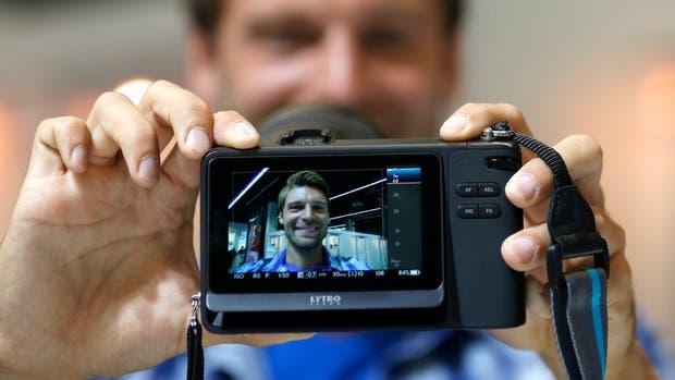 El reconocimiento de rostros y objetos no está limitado por la tecnología en sí, sino por la falta de imágenes 3D, según Eden Shochat de Face.com, firma adquirida por Facebook