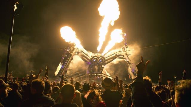 El gran Glastonbury mantiene la llama encendida desde 1970