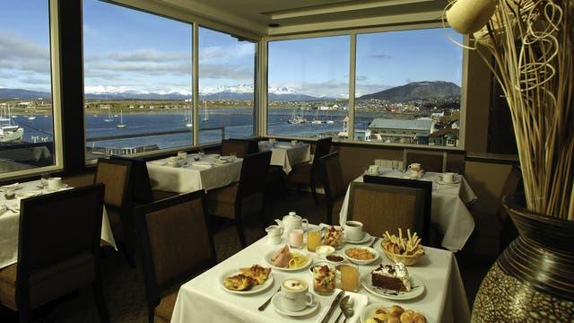 Como su nombre lo indica, este restaurante parte del Lennox Hotel ofrece una vista increíble de Ushuaia