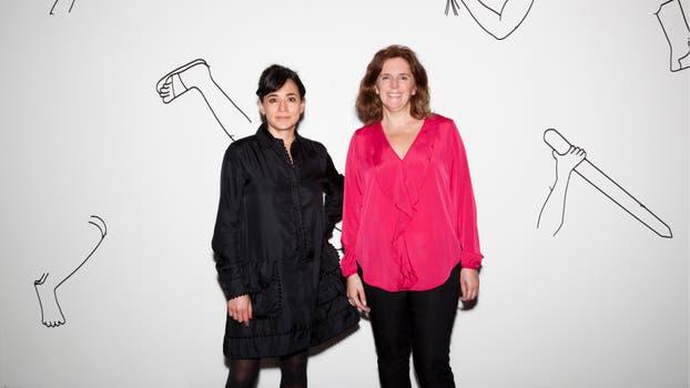 Adriana Arias, Head of Communications de Zurich junto a Sofía Hernández Chong Cuy, curadora del espacio Solo Show Zurich 2017.