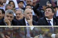 """Ganar dos millones de dólares al año es """"un insulto"""" para el nuevo presidente de la FIFA"""