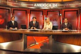 Luis Piñeyro, Guillermo Andino, María Belén Aramburu y Juan Carlos Pasman abren cada jornada a las 7