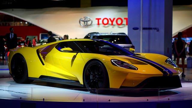Homenaje. Sin caer en el facilismo retro, el Ford GT propone formas tan novedosas como aerodinámicas