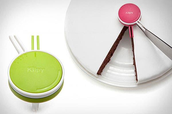Un medidor de porciones de torta para cortarlas todas iguales; ¿lo tendrías?. Foto: Blessthisstuff.com