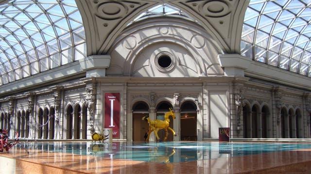 En las bellas Galerías Pacífico se encuentran los ricos pabellones del Centro Cultural Borges