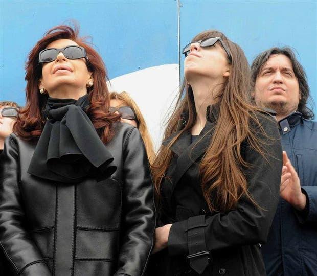 Cristina Kirchner cedió inmuebles a sus hijos en medio de la tormenta judicial