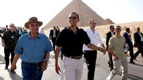 El famoso arqueólogo junto a Barack Obama, por entonces presidente de Estados Unidos
