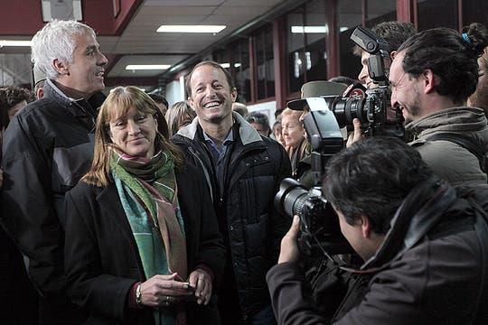 Martin Insaurralde voto en la escuela Balmoral de Lomas de Zamora. Foto: LA NACION / Santiago Hafford