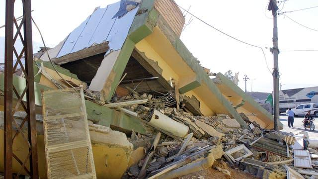 Varios edificios se desmoronaron por la magnitud del sismo