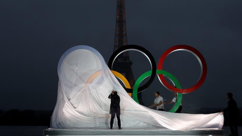 París festeja la realización de los Juegos Olímpicos 2024 en Francia. Foto: Reuters / Gonzalo Fuentes