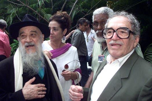 Gabriel García Márquez y el cineasta argentino Fernándo Birri. Foto: Archivo