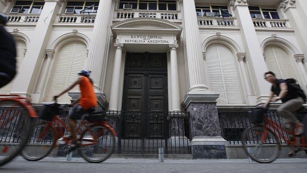 El BCRA ya compró 2000 millones de dólares para sumar a sus reservas