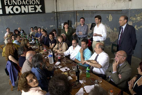 En la presentación del proyecto Ciudad Konex, diseñado por Clorindo Testa. Foto: Archivo