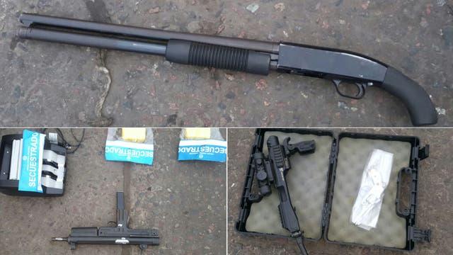 Algunos de los elementos secuestrados durante el operativo