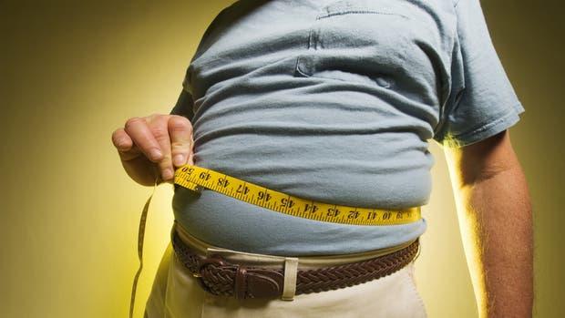 Las cifras de la Argentina no escapan a la tendencia: el 23,1% de los adultos y el 6,3% de los chicos son obesos