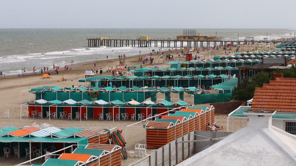 Los 46 balnearios de Pinamar, Ostende, Cariló y Valeria del Mar serán demolidos este año