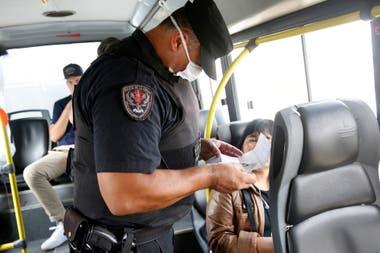 """""""Hace muchos años nos enseñaron que la ley es optativa en este país""""; dijo Viale"""