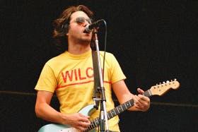 Moretti y la remera de su banda pasión: Wilco.
