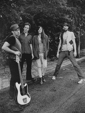Los integrantes de la banda neoyorquina que actúa hoy en Mardel