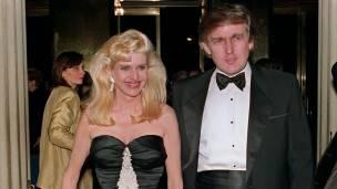 Donald e Ivana Trump formaron en los años 80 una de las parejas más poderosas de los negocios en Nueva York.