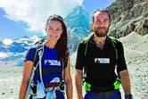Pippa y James disfrutan de una de las mejores vistas desde la cumbre. Respaldados por un excelente estado físico, un gran espíritu de superación y dos guías, hicieron el ascenso del pico suizo de 4478 metros empujados por una enorme motivación: recaudar fondos para la Fundación Michael Matthews.